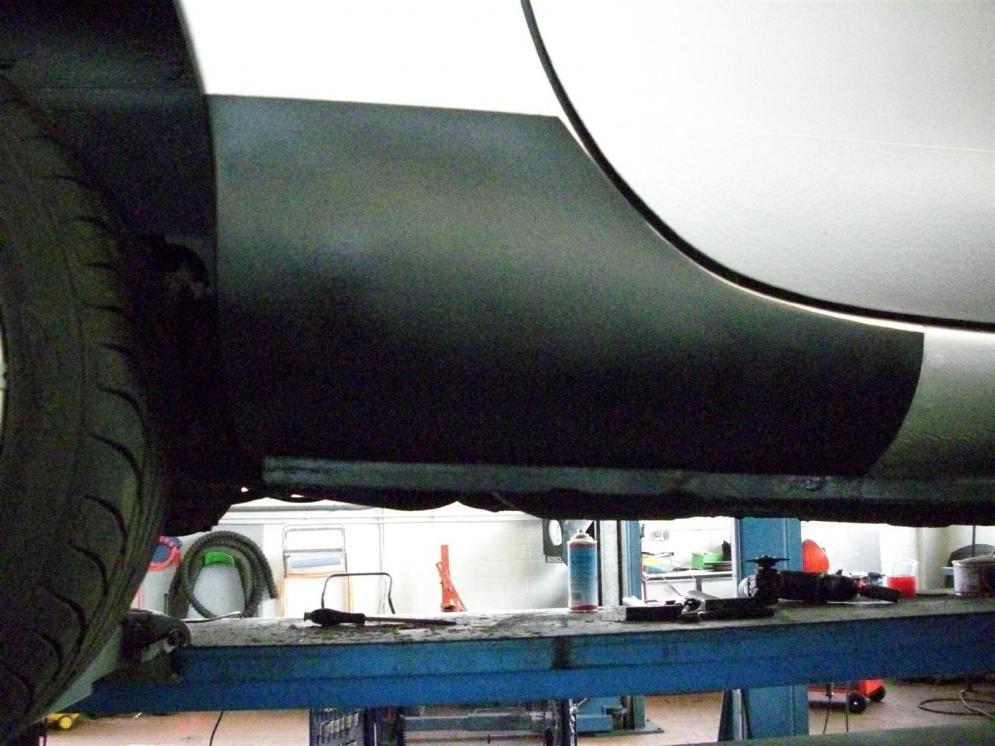 Anschlussblech Schweller zum Radlauf hinten rechts Mazda MX-5 II NB